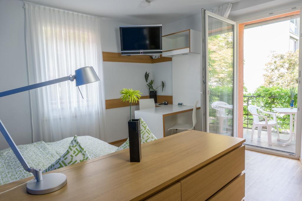 apartments ferienwohnungen und zimmer f r ihren urlaub in. Black Bedroom Furniture Sets. Home Design Ideas